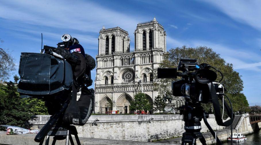 """1b2a9f713ec Notre-Dame  une cathédrale """"éphémère"""" en bois envisagée sur le parvis"""